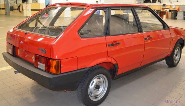 В Тольятти продают ВАЗ-2109 без пробега за три миллиона рублей
