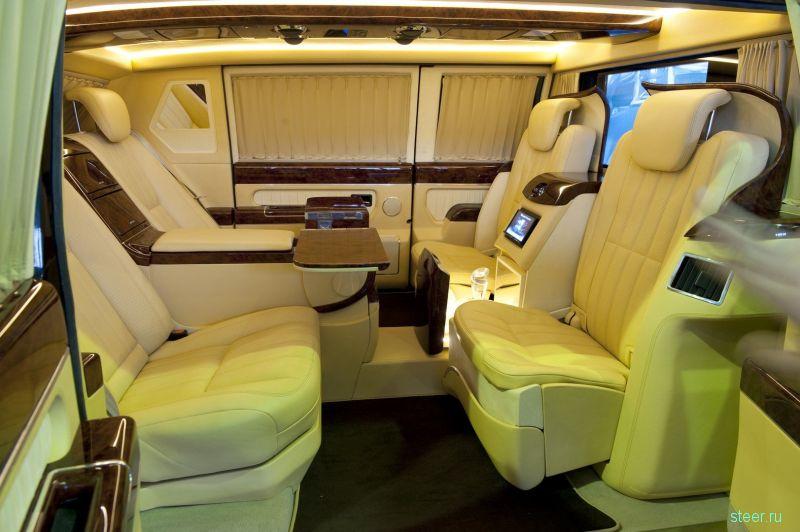 Уникальный экспериментальный лимузин «ЗИЛ Монолит» продают за 70 млн руб.