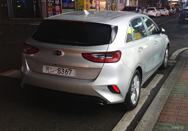 Первые фото нового Kia cee'd