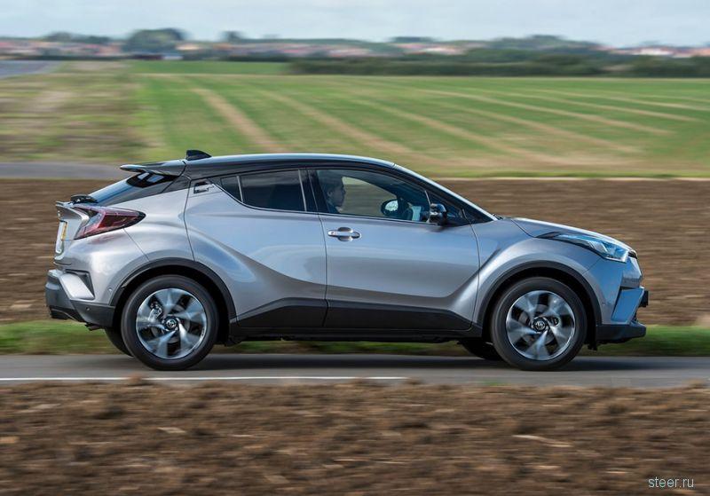 Toyota будет продавать в России маленький кроссовер C-HR, минивен Alphard и новую Camry