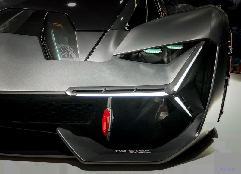 Lamborghini представила космический суперкар Terzo Millennio