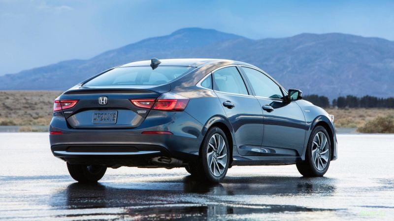 Новый Honda Insight расходует лишь 4,2 литра на «сотню» в городе