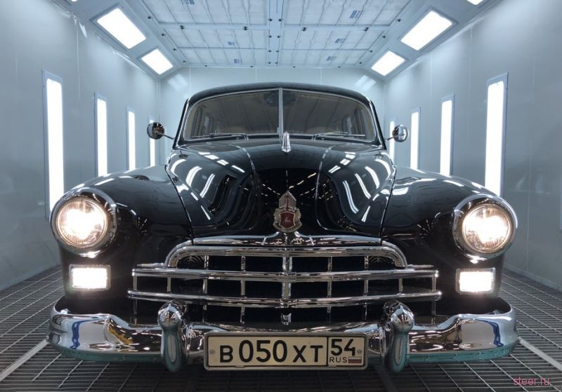 Советский ГАЗ-12 ЗИМ с двигателем Nissan продают за 20 миллионов рублей