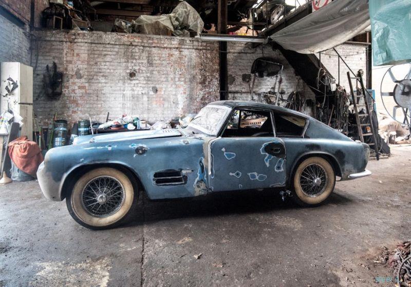 Уникальный Jaguar XK140 обнаружили в бельгийском гараже