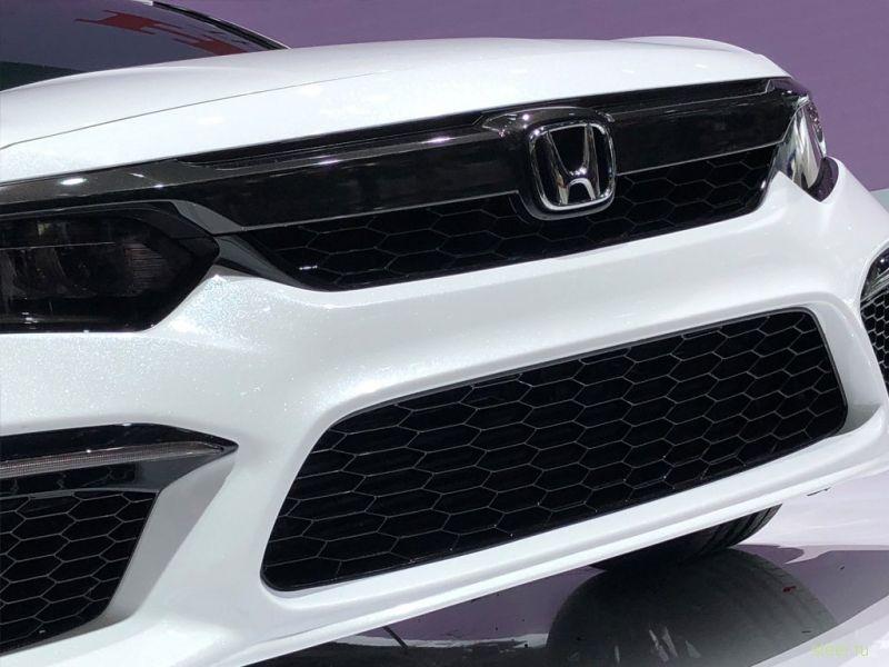 Honda представила прототип нового Inspire