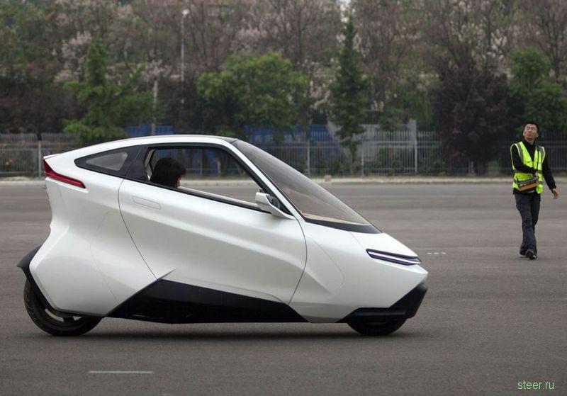 Lingyun 1703 : китайский двухколесный автомобиль-мотоцикл