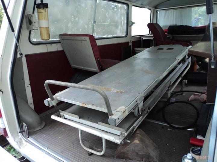 Медицинский «рафик» продают за 400 тысяч рублей