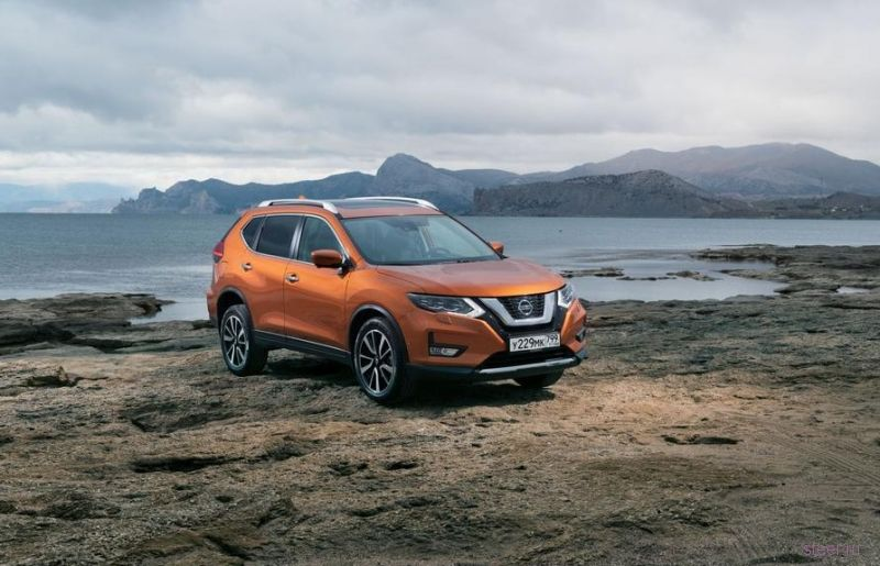Обновленный Nissan X-Trail : от 1 574 000 рублей