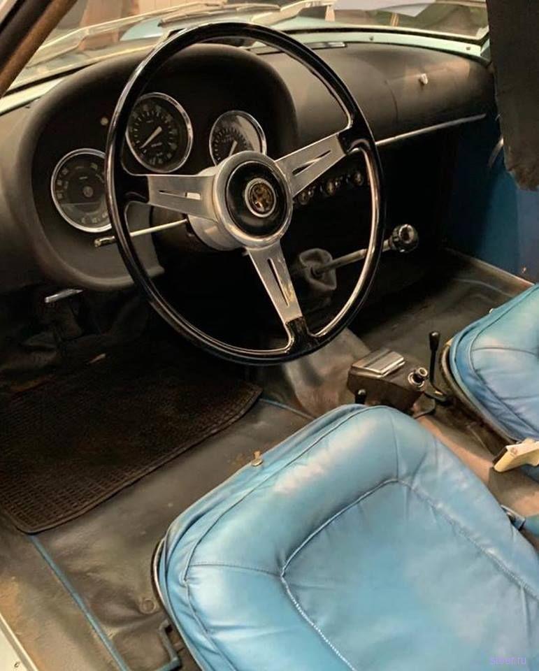 Простоявшую 35 лет на подземной парковке Alfa Romeo Giulietta SZ продали за 600 тысяч евро