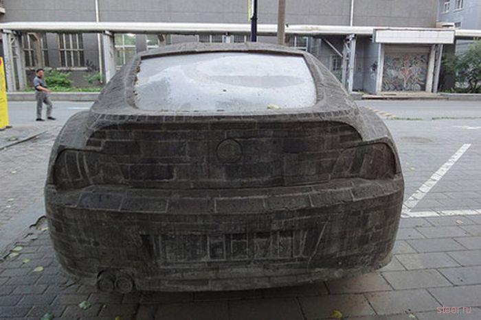 В Китае установлен каменный памятник BMW Z4 (фото)