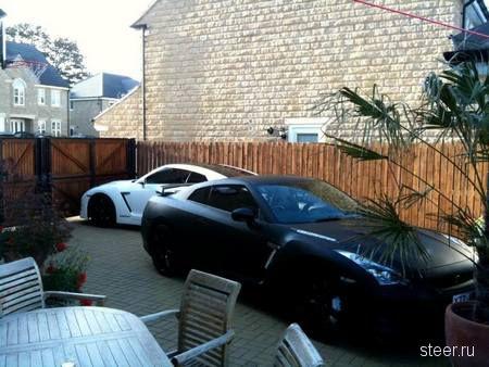Хромированный Nissan GT-R за полгода сменил три цвета (фото)
