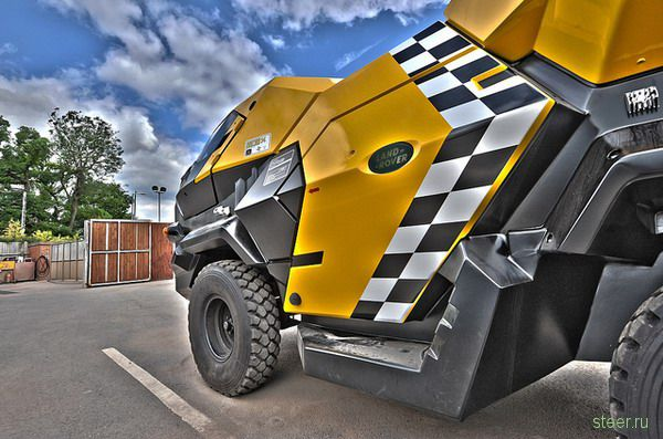 Land Rover образца 2139 года (фото)