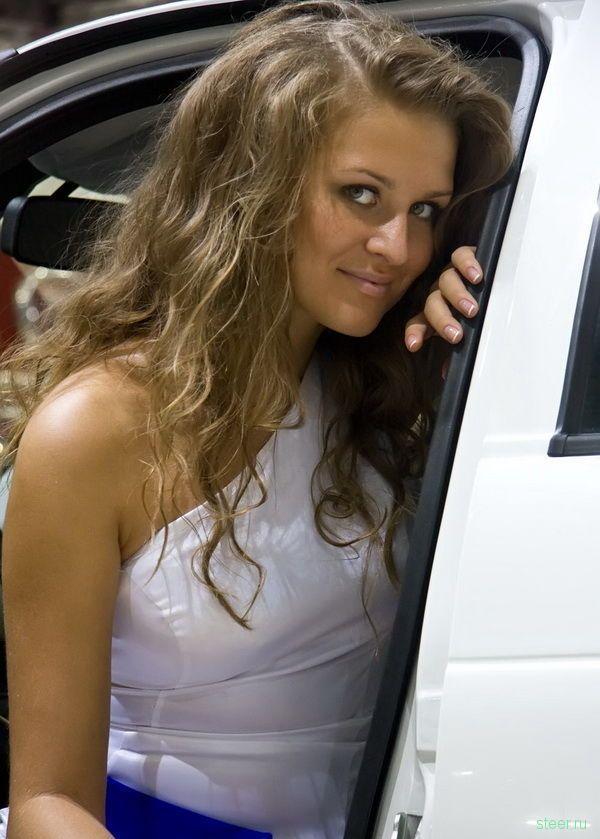 Девушки московского автосалона 2010