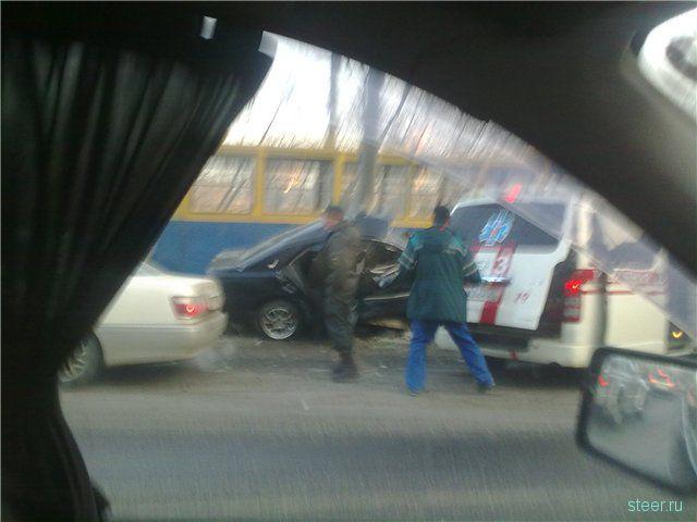 Массовое ДТП во Владивостоке: водитель КАМАЗа протаранил 7 автомобилей (фото и видео)