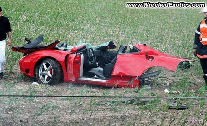 Трудно поверить, но в этих авариях никто не пострадал (фото)