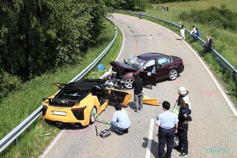 BMW безопаснее Lexus? (фото и видео)