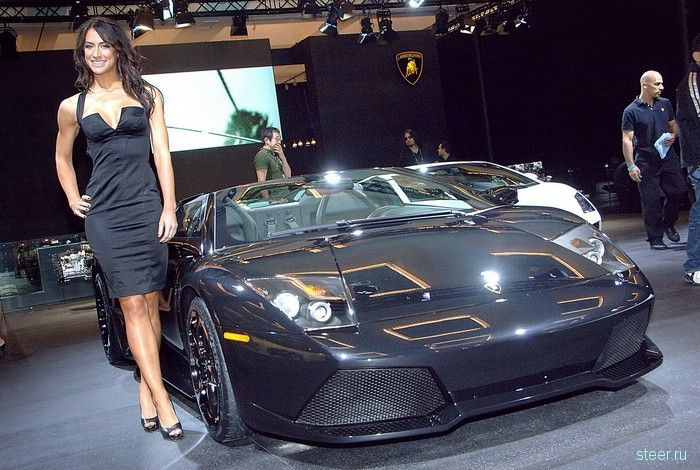 Девушки и автомобили автовыставки Лос-Анжелес 2008
