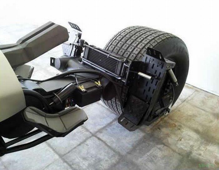 Самодельный мотоцикл для Темного рыцаря (фото)