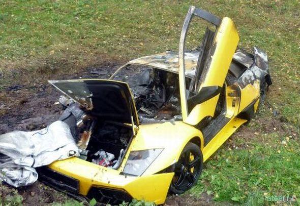 Авария с участием Lamborghini и Chevrolet (фото)