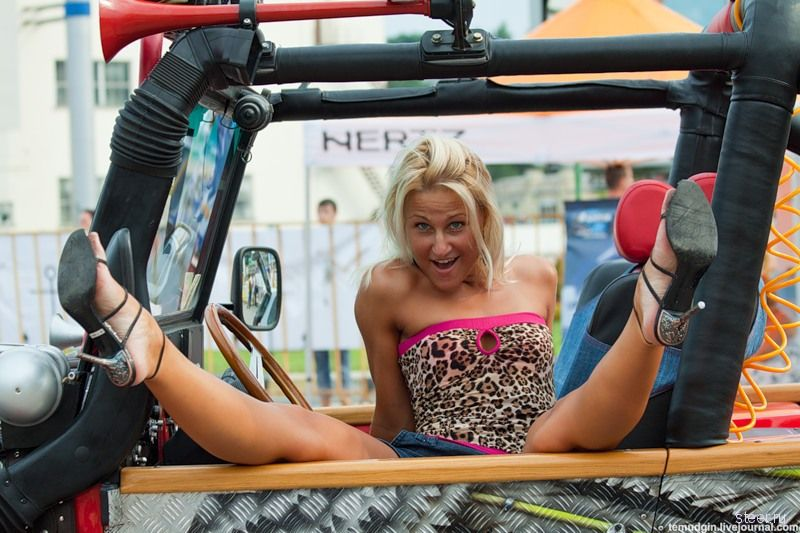 Девушки с одесского Demoauto (фото)