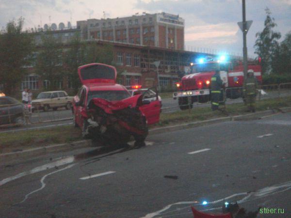 В Ижевске пьяный водитель убил двух сотрудников ДПС. (фото и видео)