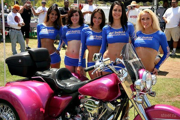 Девушки с мотошоу (фото)