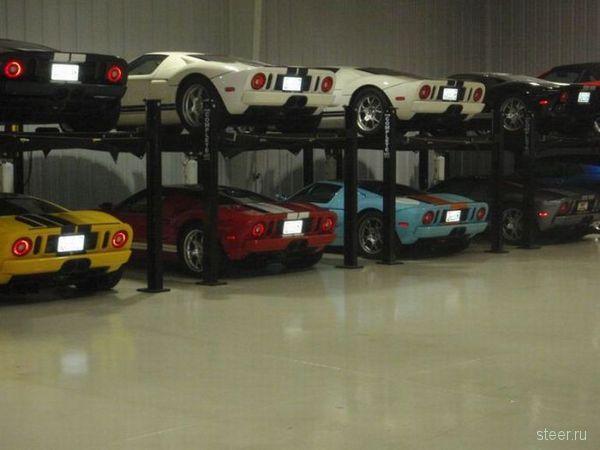 Скромная коллекция автомобилей (фото)