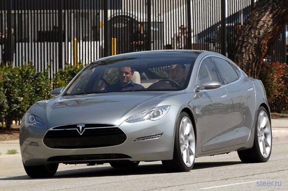 7–ми местный электромобиль–седан Tesla Model S: 300 миль на одной зарядке (фото)