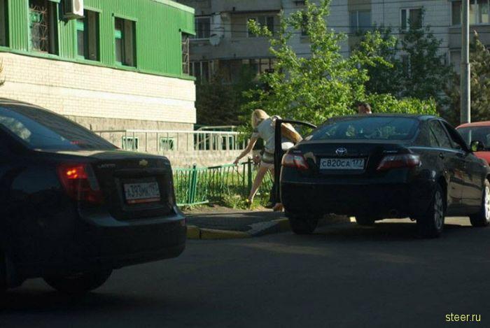 Частный случай: блондинка перепутала педали (фото)