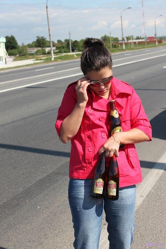 На рязанском шоссе перевернулась фура с пивом (фото)