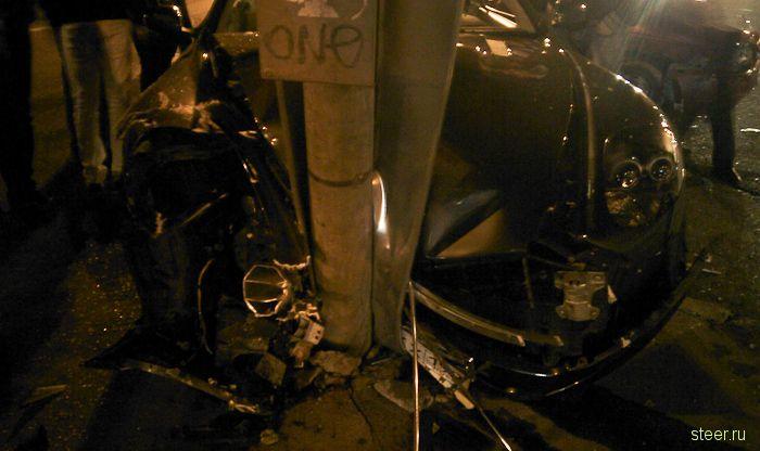 Волга Сайбер МЧС разбила Aston Martin (фото)