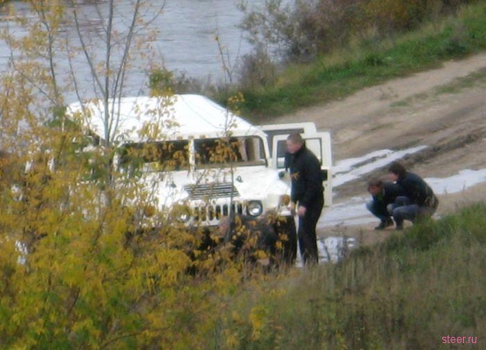 Hummer реку не перейдет (фото)